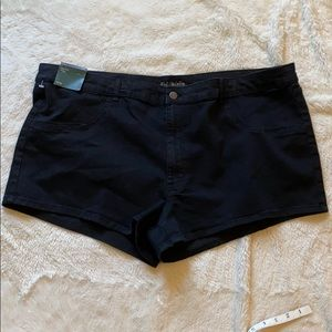 Wild Fable Black high rise short 26W new